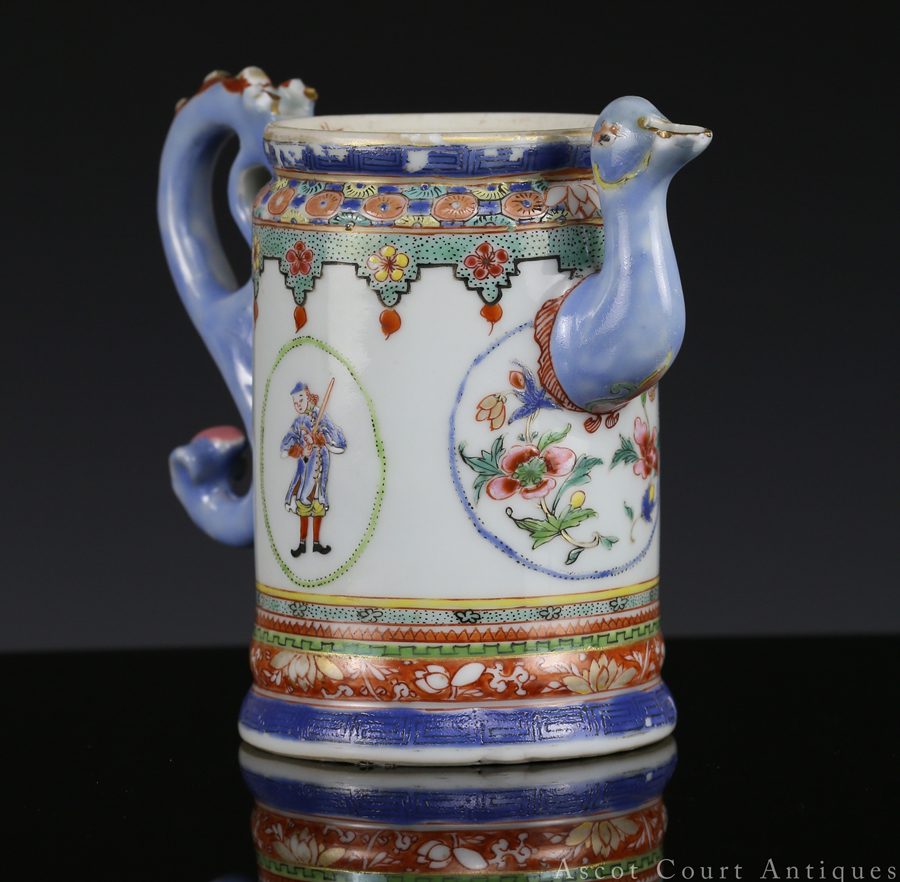 Qianlong Famille Rose European Subject Export Coffee Pot 清乾隆 粉彩洋人图咖啡杯 (外销瓷)