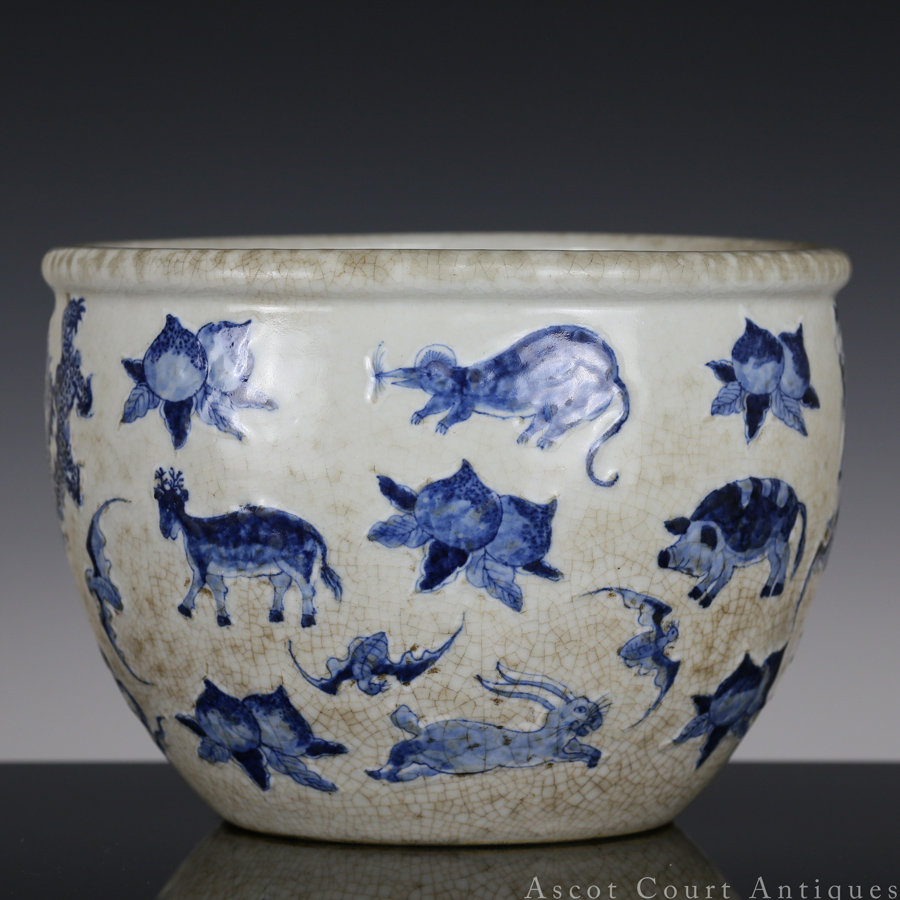 Late Qing Ge-type Blue and White 'Zodiac' Jardiniere 清 青花哥釉十二生肖图小缸